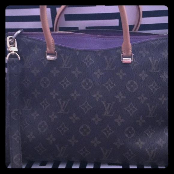 Louis Vuitton Handbags - Authentic Original Louis Vuitton Bag